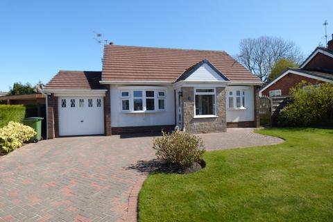 3 bedroom detached bungalow for sale - Rydal Avenue, High Lane, Stockport, SK6