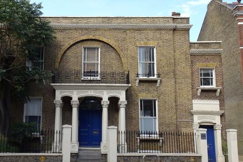 Office to rent - Hammersmith Road, London, W6
