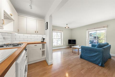 1 bedroom flat to rent - Dalling Road, W6