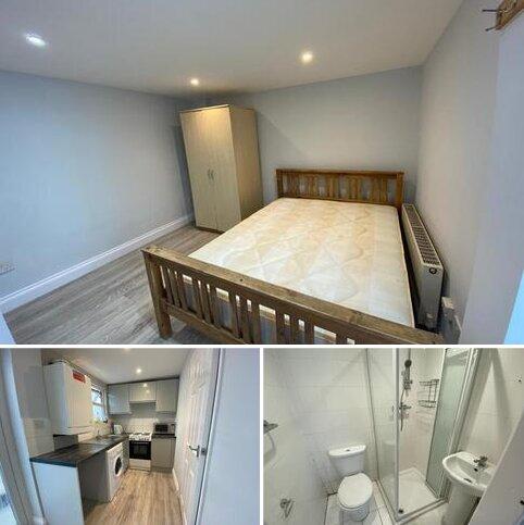 Studio to rent - Norwood Road UB2