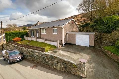 3 bedroom bungalow for sale - Gallt Y Foel, Caernarfon, Gwynedd, LL55