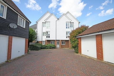 2 bedroom apartment for sale - Bluebell Drive, Sittingbourne
