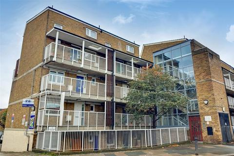 1 bedroom apartment to rent - Glamis Road, London, E1W