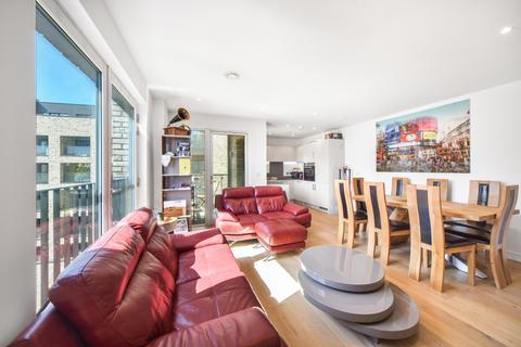 2 bedroom flat for sale - Leyton Road London E15
