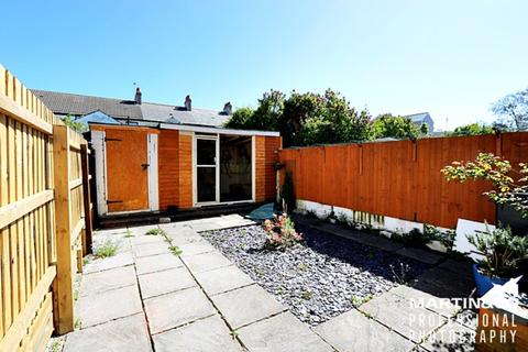3 bedroom terraced house to rent - Theodora Street, Roath