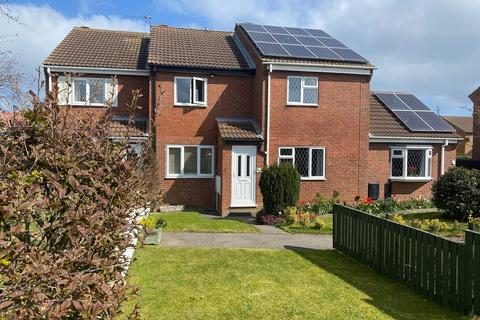 2 bedroom terraced house for sale - Scarborough Road, Filey