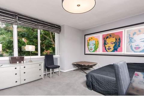 Studio to rent - Lower Sloane Street, Pimlico, SW1W