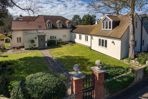 5 bedroom character property for sale - Northcliffe Gardens, Broadstairs