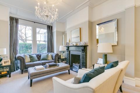 5 bedroom terraced house for sale - Honeybrook Road, London, SW12