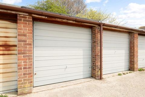 Garage for sale - Johnson Way, Ford