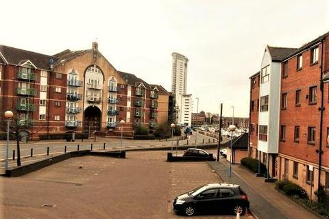 2 bedroom apartment for sale - Ferrara Square, Marina, Swansea