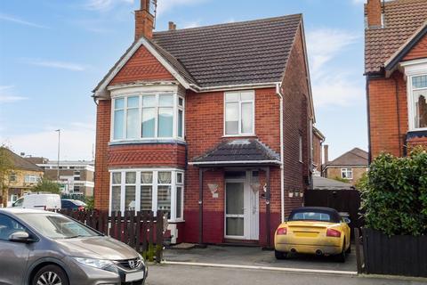 2 bedroom flat for sale - Dorothy Avenue, Skegness, Lincs, PE25 2BP