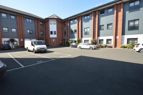 2 bedroom flat to rent - Farnham Road, Slough, SL1
