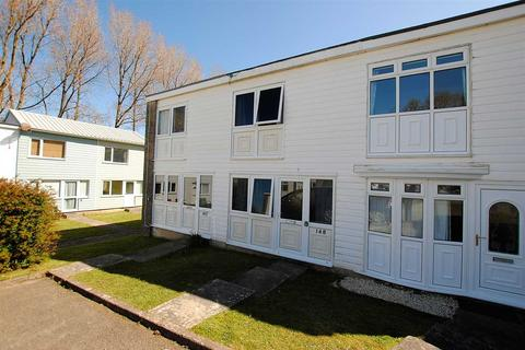 2 bedroom terraced house for sale - 148 Freshwater Bay Holiday Village