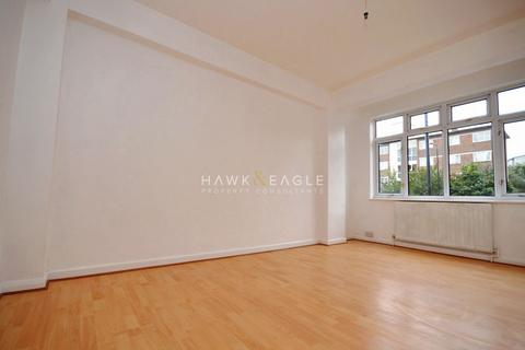 2 bedroom flat to rent - Rochelle Court, commercial road, London, E1