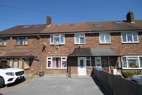 6 bedroom house for sale - Tudor Drive, Morden