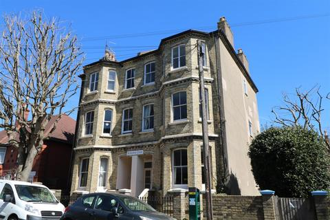 1 bedroom flat for sale - Selborne Place, Hove