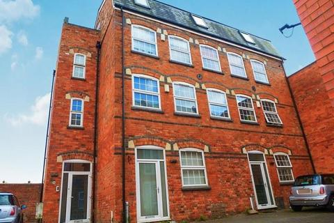 2 bedroom apartment for sale - CONVERTED APARTMENT, THENFORD STREET