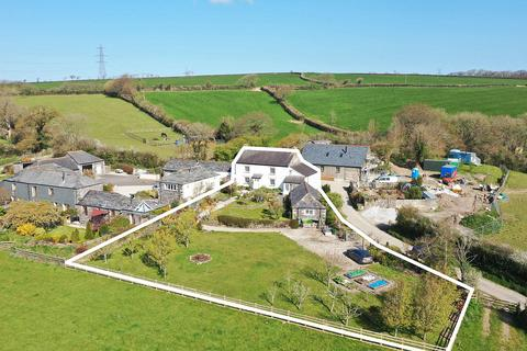 4 bedroom house for sale - Great Brightor Farmhouse, Cornwall Collection
