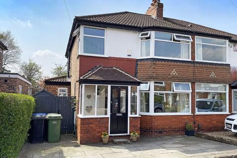 3 bedroom semi-detached house for sale - Swan Road, Timperley, Cheshire