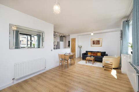 1 bedroom apartment to rent - Sheridan Heights, Spencer Way, London, E1