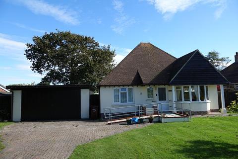 3 bedroom bungalow for sale - Aldwick, Bognor Regis