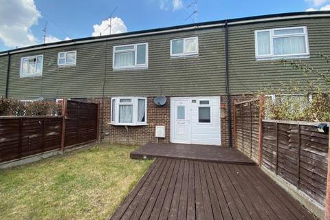 3 bedroom terraced house to rent - Blackwater