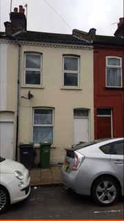 2 bedroom terraced house to rent - Whitby Road, Luton LU3
