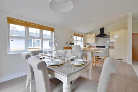 2 bedroom park home for sale - Burnt House Lane, Smarden, Ashford, Kent