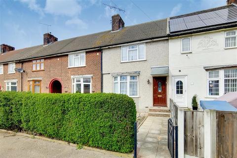 2 bedroom terraced house for sale - Rothwell Road, Dagenham