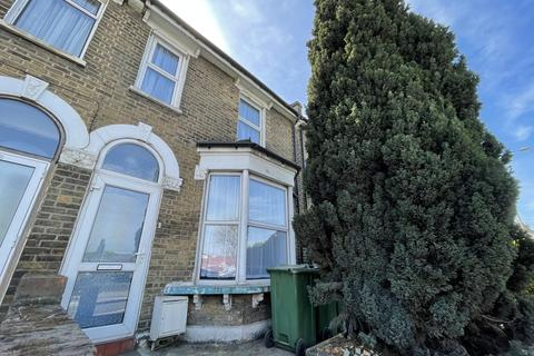 4 bedroom terraced house to rent - Woolwich Road, Charlton