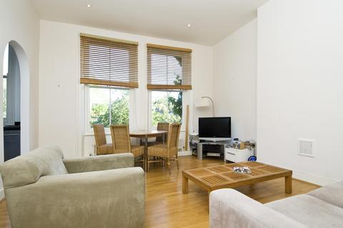 2 bedroom apartment to rent - St. Quintin Avenue, London, UK, W10