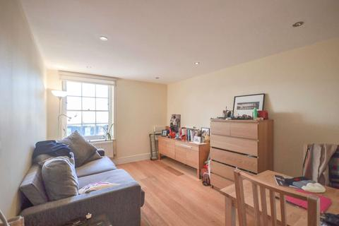 1 bedroom flat to rent - Silk Mews, Kennington, London