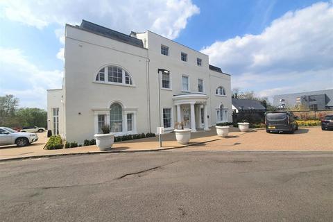 1 bedroom serviced apartment to rent - Hillingdon House, Wren Avenue, UB10 0FD