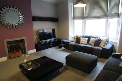 4 bedroom maisonette for sale - High Street , Ventnor PO38