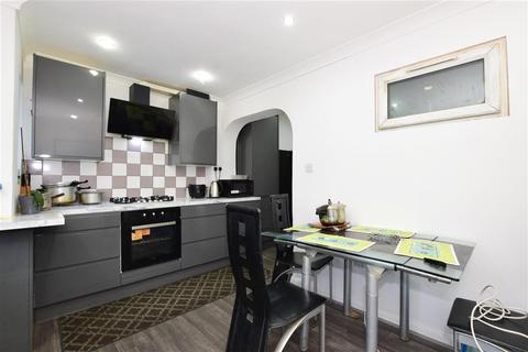 3 bedroom terraced house for sale - St. Stephens Road, East Ham, London