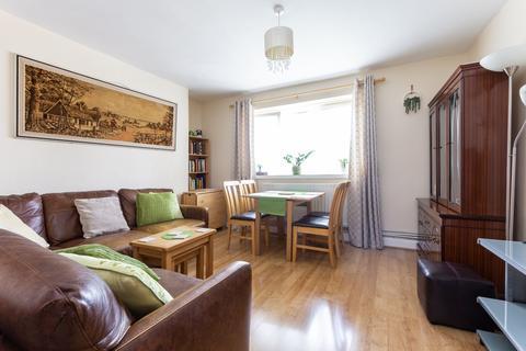 3 bedroom flat for sale - Usk Street, Mile End, E2