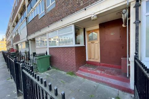 3 bedroom maisonette to rent - Old Church Road, London, E1
