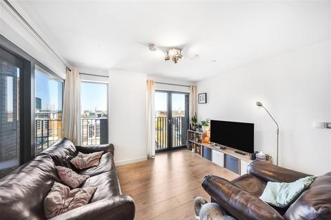 2 bedroom apartment for sale - Great Eastern Road London E15