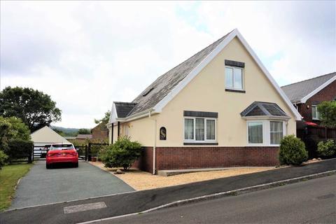4 bedroom detached bungalow for sale - Uwch Gwendraeth, DREFACH, Llanelli