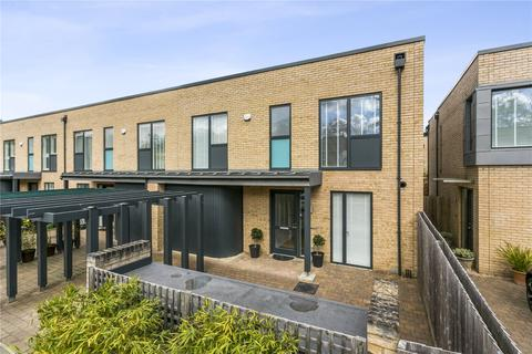 3 bedroom end of terrace house for sale - Cliveden Gages, Taplow, Maidenhead, Berkshire, SL6