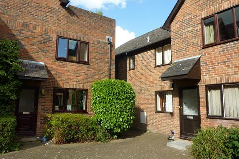 Studio for sale - Bilberry Court, Staple Gardens