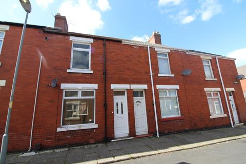 2 bedroom terraced house to rent - Henry Street, Shildon, County Durham