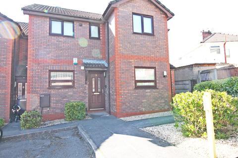 2 bedroom apartment for sale - Carmel Court, Farnworth, Widnes