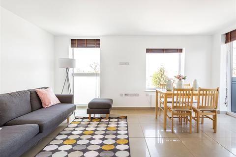 2 bedroom flat to rent - Bevington Road, London, W10