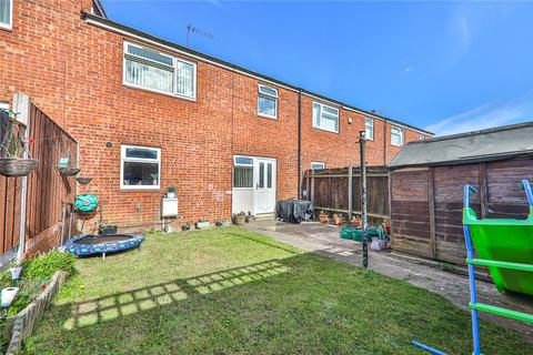 2 bedroom terraced house for sale - Kinderscout Close, Bransholme, Hull, HU7