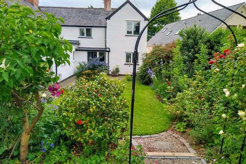 3 bedroom semi-detached house for sale - Gellifor, Ruthin