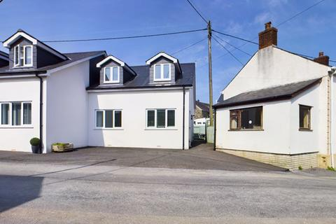 3 bedroom semi-detached house to rent - Felingwm Uchaf, Carmarthen