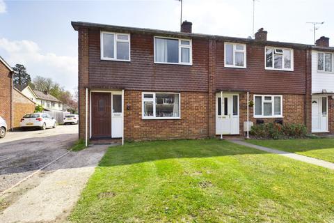 3 bedroom end of terrace house for sale - Leighfield, Mortimer, Reading, Berkshire, RG7