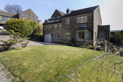 4 bedroom detached house for sale - 37 Stones Drive, Ripponden, HX6 4NY